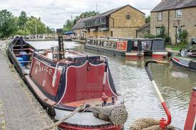 STOKE BRUERNE CANAL & SUNDAY LUNCH