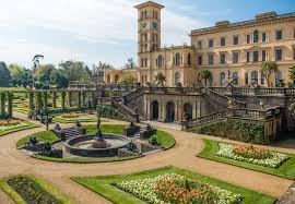 THE ISLE OF WIGHT & OSBORNE HOUSE